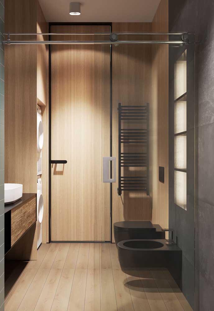 Mas um bidê preto em um projeto de banheiro moderno vai super bem também