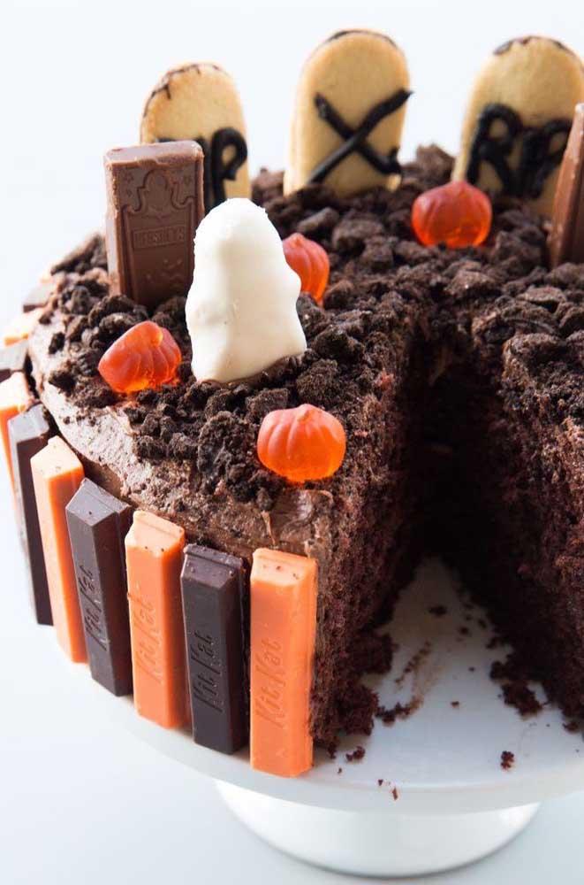 Quem resiste a um bolo de Kit Kat?
