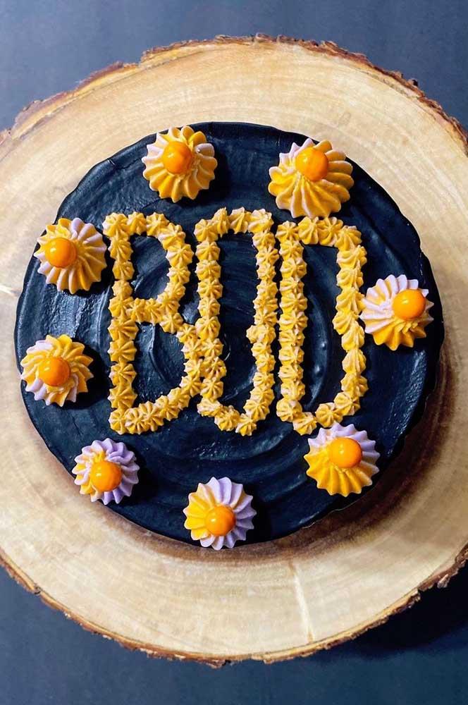 Boo! Um bolo de Halloween simples e divertido