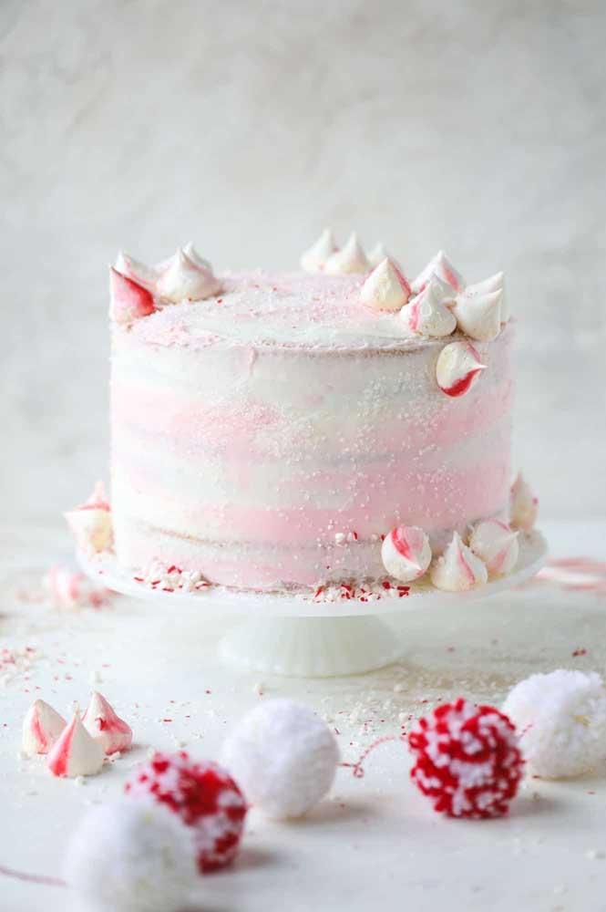 Suspire por esse bolo simples e delicado