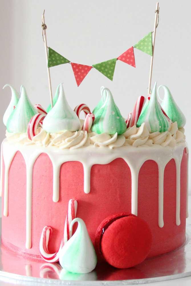 A cor verde dá aquele toque especial ao bolo de natal
