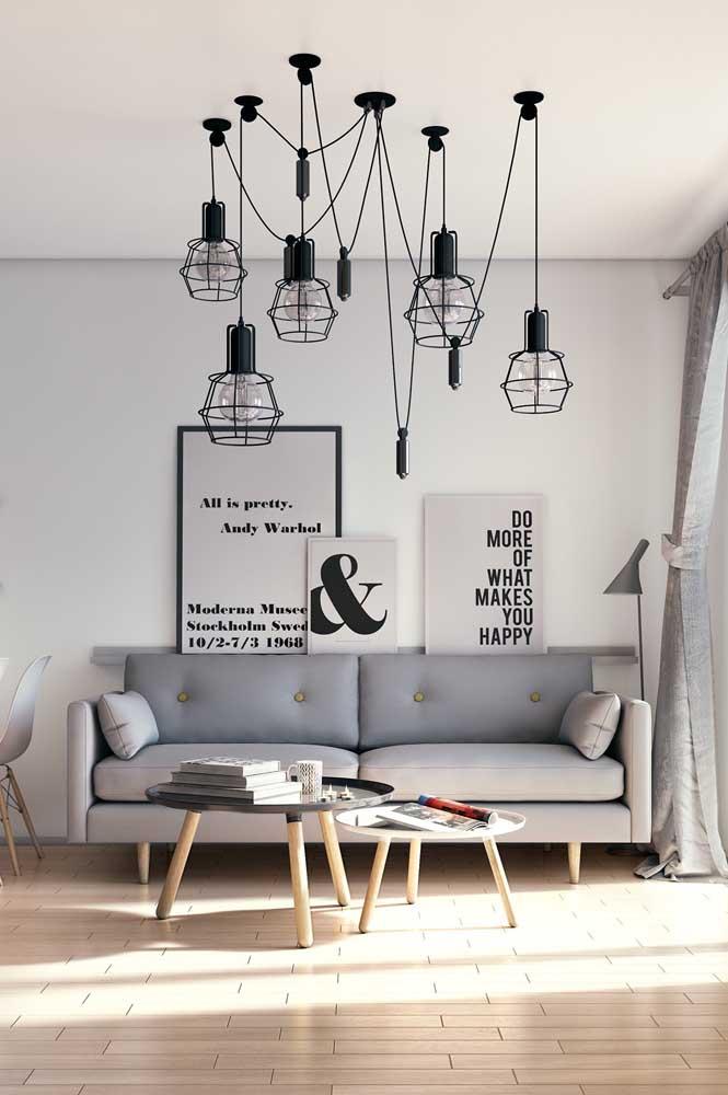 Lustre aramado para uma sala moderna e com influência industrial
