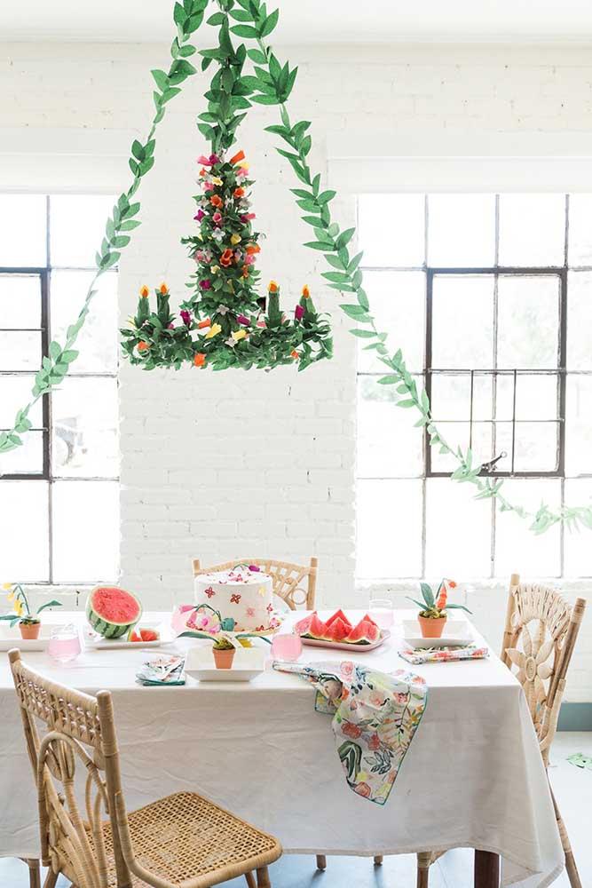 Lustre decorado para o natal