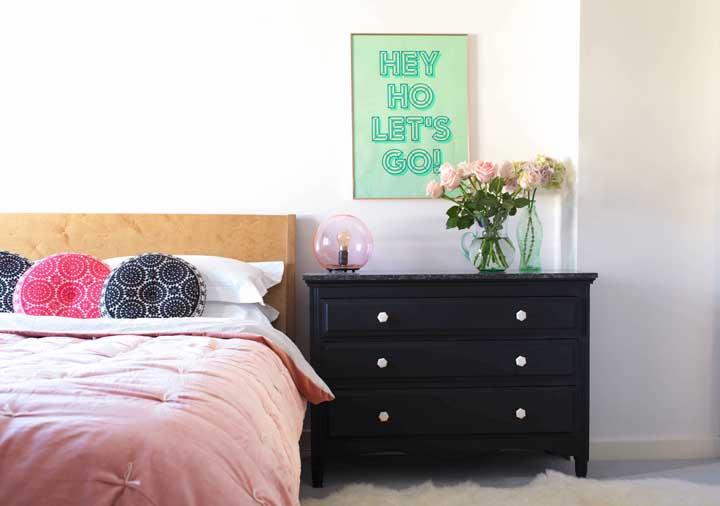 Cômoda para quarto: vantagens, como escolher e fotos inspiradoras