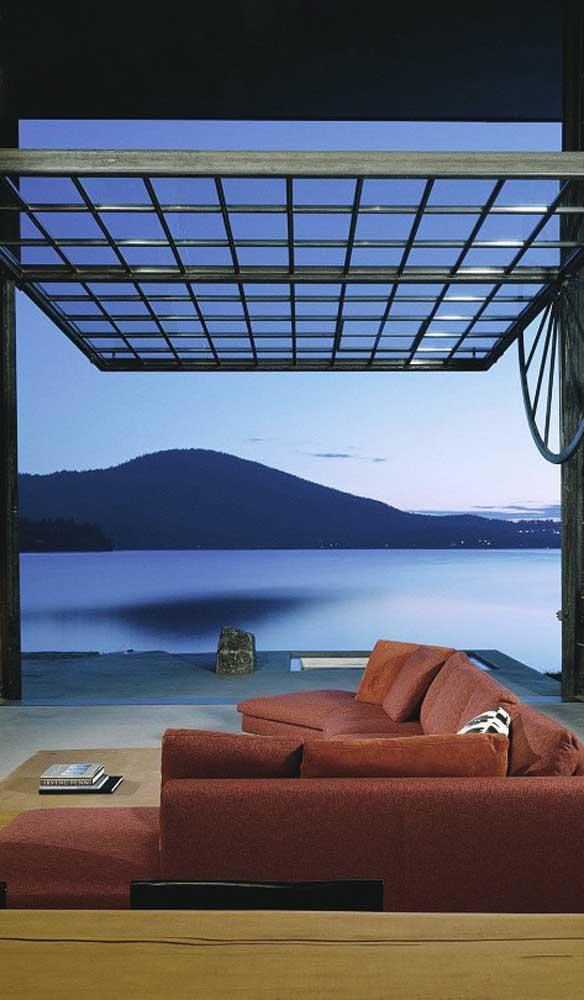 Portão basculante de vidro para apreciar a vista sem impedimentos!