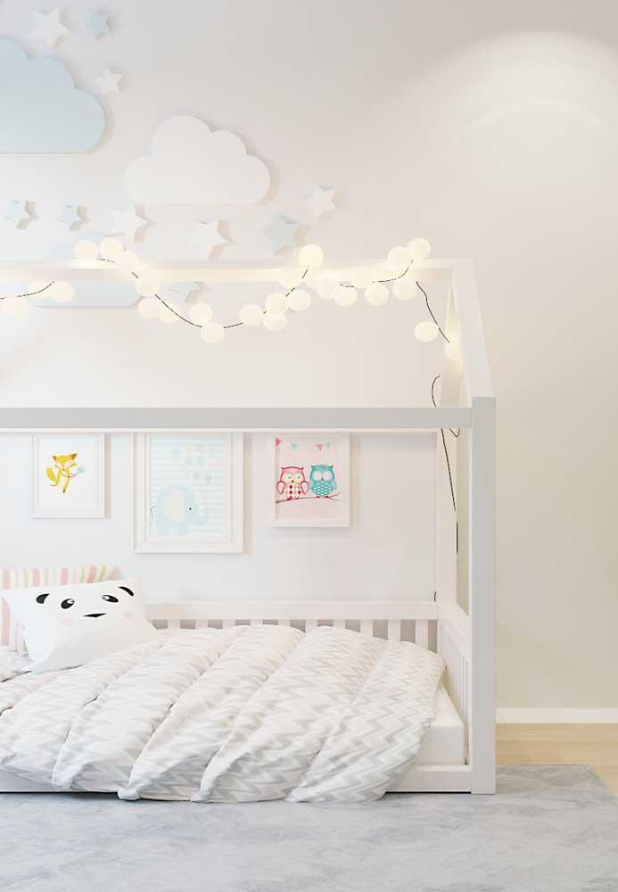 Quarto infantil Off White: a tranquilidade que o ambiente precisa é obtida pelas cores suaves