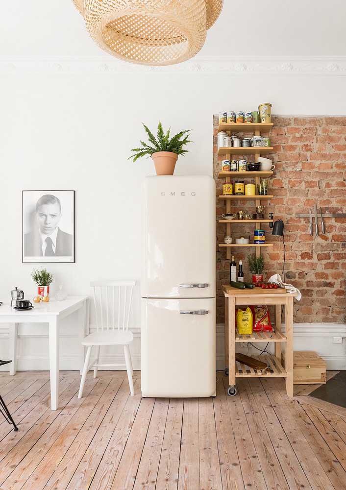 O Off White também tem espaço garantido na decoração retrô