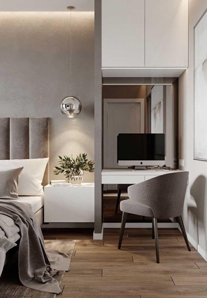 As texturas usadas junto com os tons de Off White garantem um quarto mais confortável e aconchegante