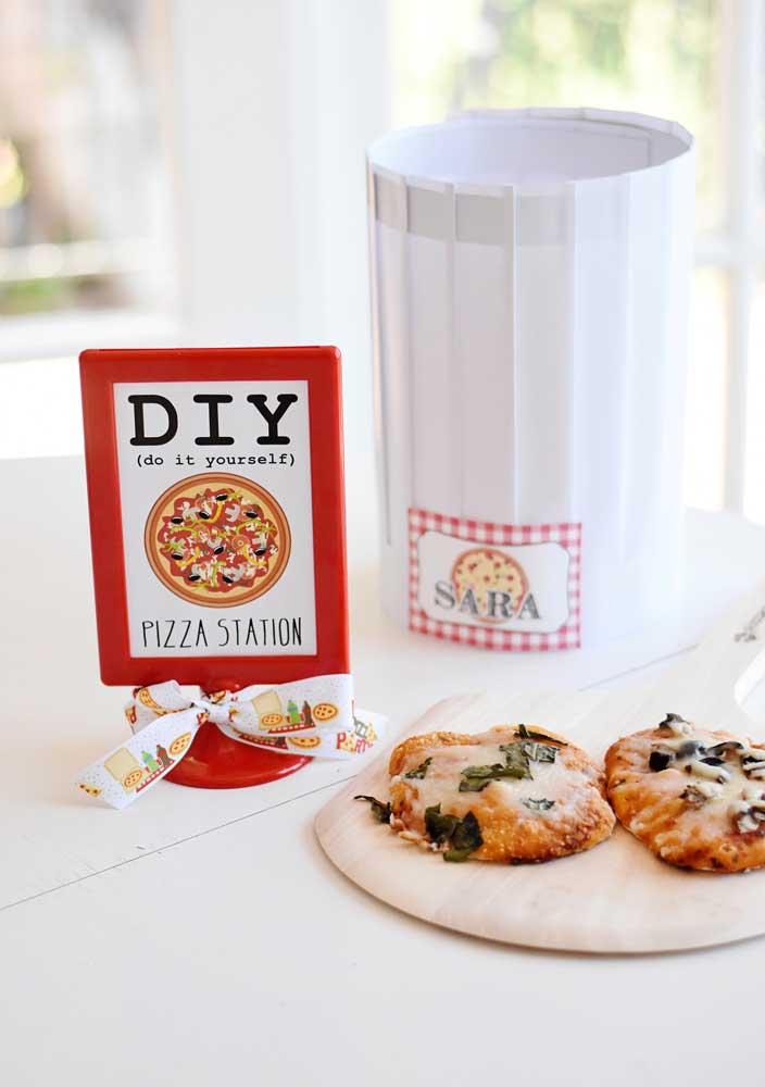 Convide seus convidados a fazerem a própria pizza. A diversão começa aí!