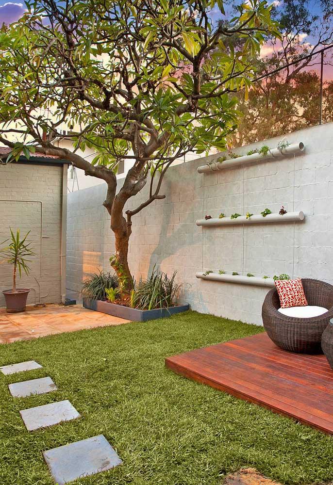 """Suporte para plantas feito com cano de PVC: um ótimo """"faça você mesmo"""""""