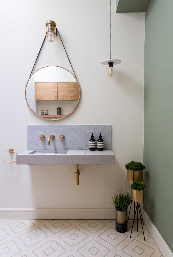 Suporte para plantas combinando com a decoração moderna do banheiro