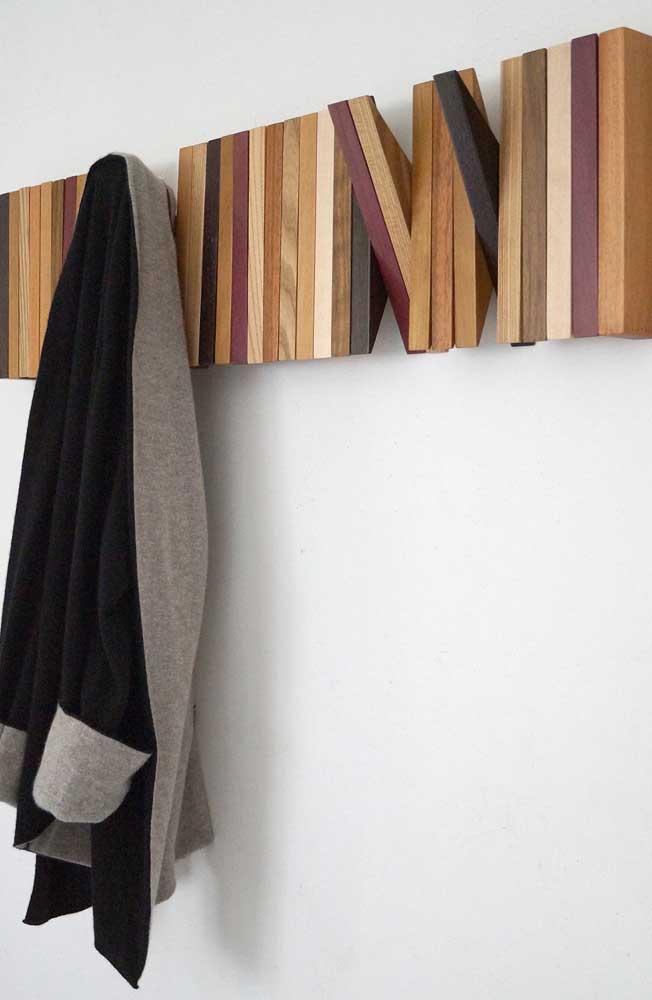 Monte e desmonte o gancho de parede conforme sua necessidade de uso