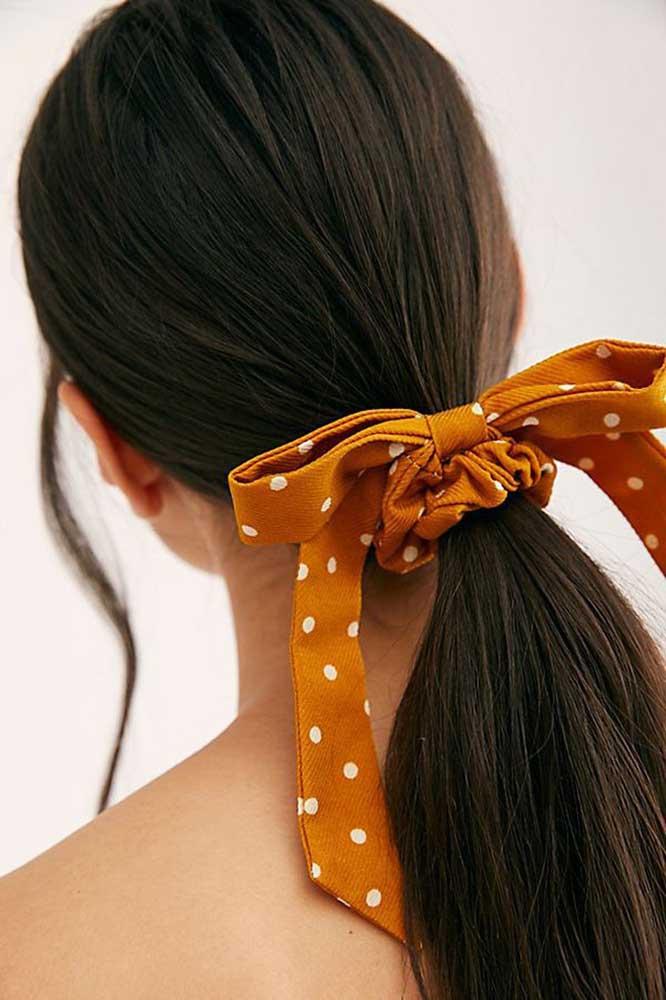 Laço de gorgurão grande para amarrar e embelezar o cabelo. Duas funções em uma!