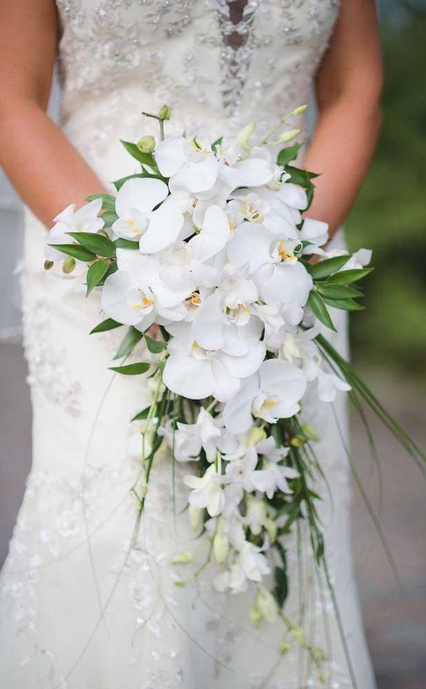 Como não amar um buquê de orquídeas brancas?