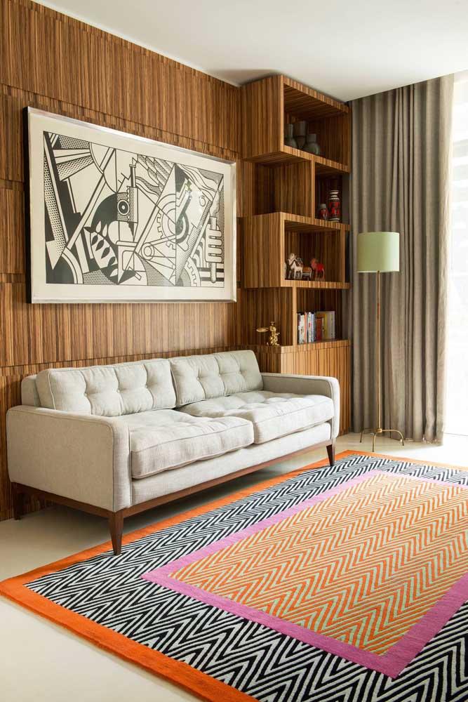 Super colorido e vibrante: um tapete geométrico para quem não tem medo de ousar