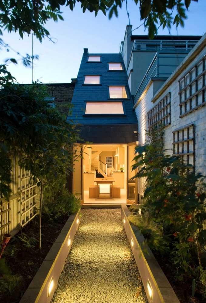 Mais luz para dentro de casa com as claraboias instaladas no telhado ecológico