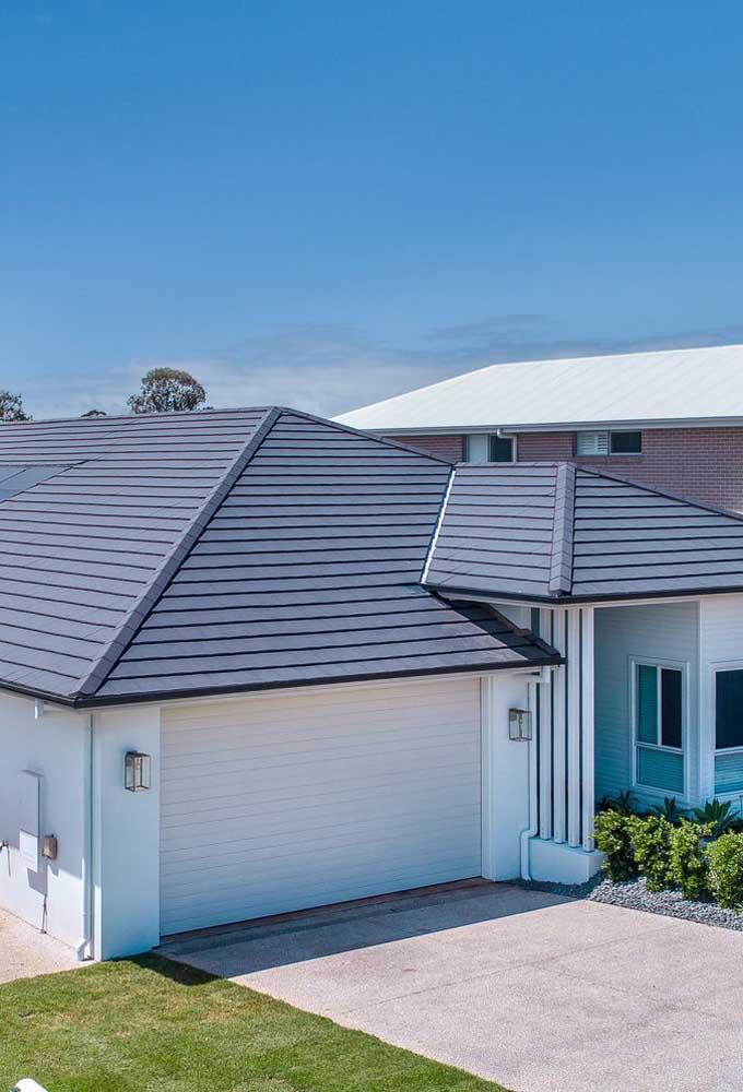 Saia do padrão e ouse fazer um telhado diferente usando telhas ecológicas