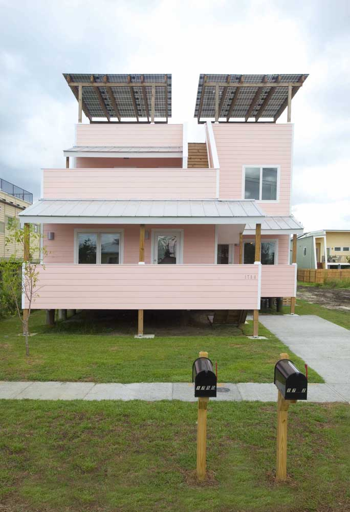 E se você for ainda além e instalar placas de captação de energia solar?