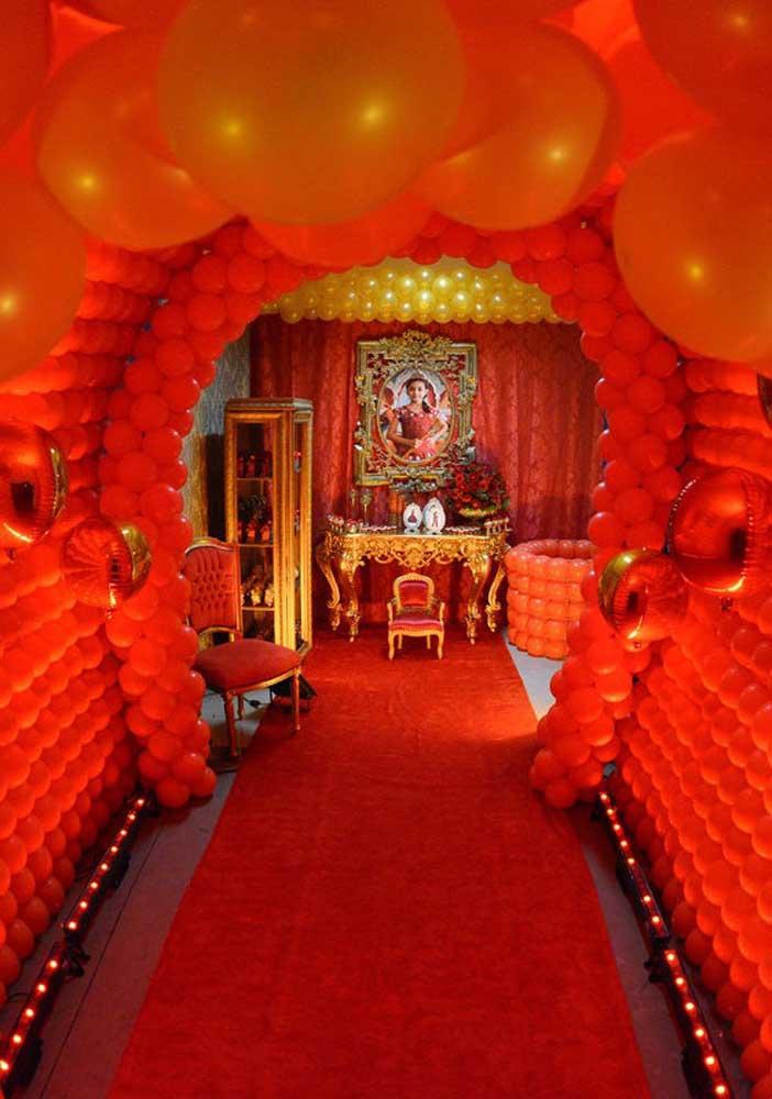 Olha que decoração de festa Elena de Avalor mais luxuosa.