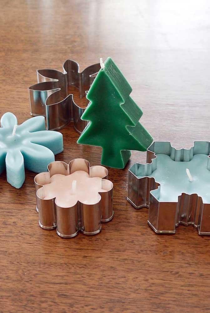 As forminhas para vela podem ser encontradas facilmente em lojas de artigos para artesanato