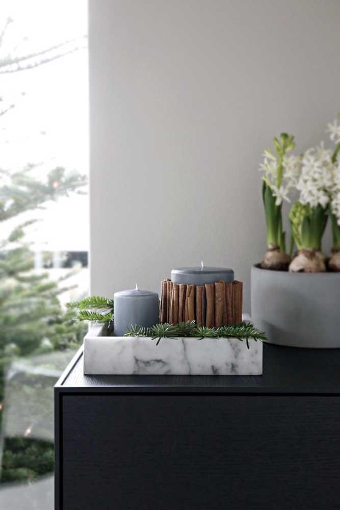 Essa ideia vale a pena salvar: velas de natal decoradas com canela em pau