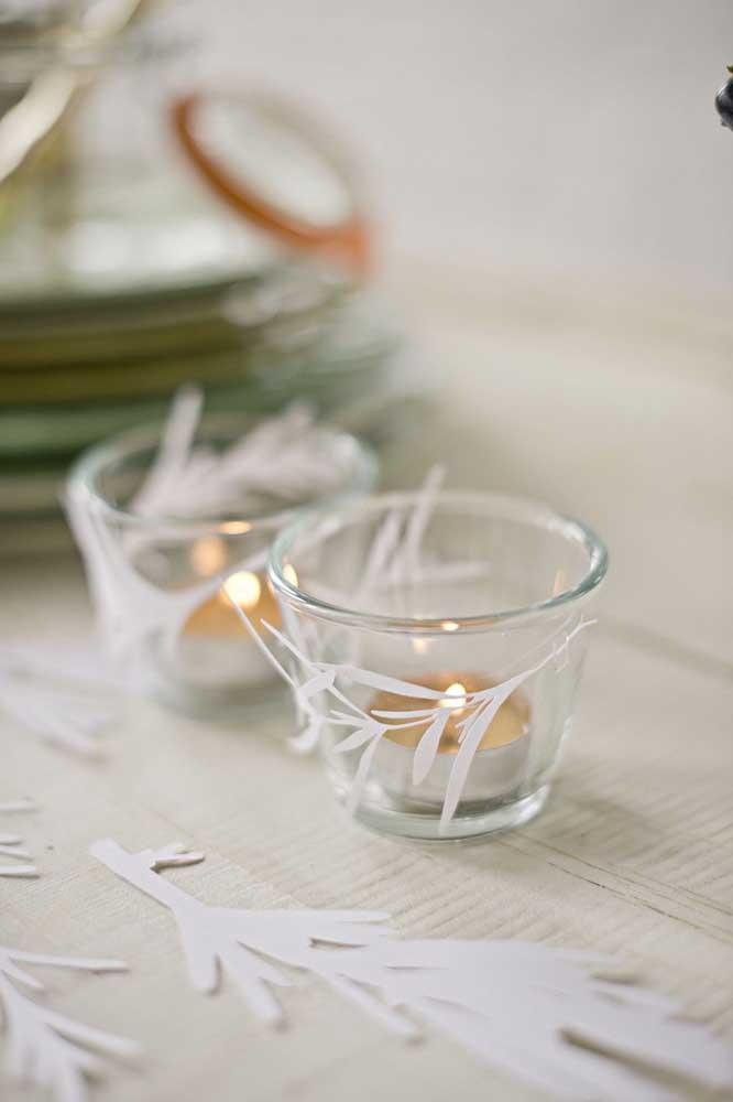 Velinhas flutuantes: uma boa ideia para mesa de natal