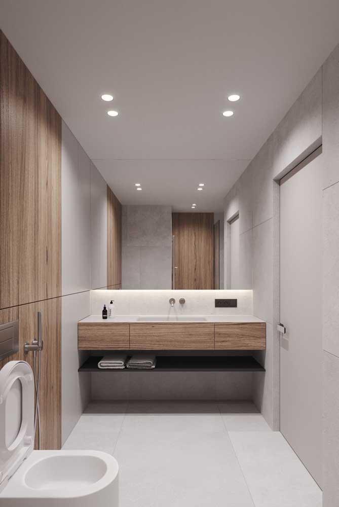 Banheiro com porcelanato branco: um coringa para quem não quer ousar demais