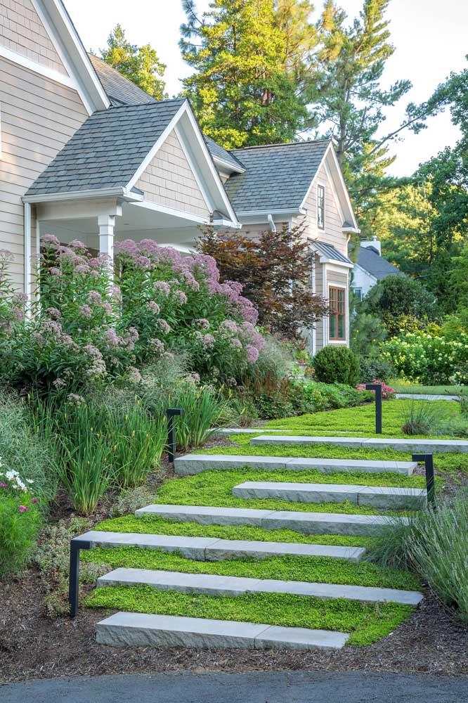Um jardim deixa qualquer casa mais aconchegante e acolhedora