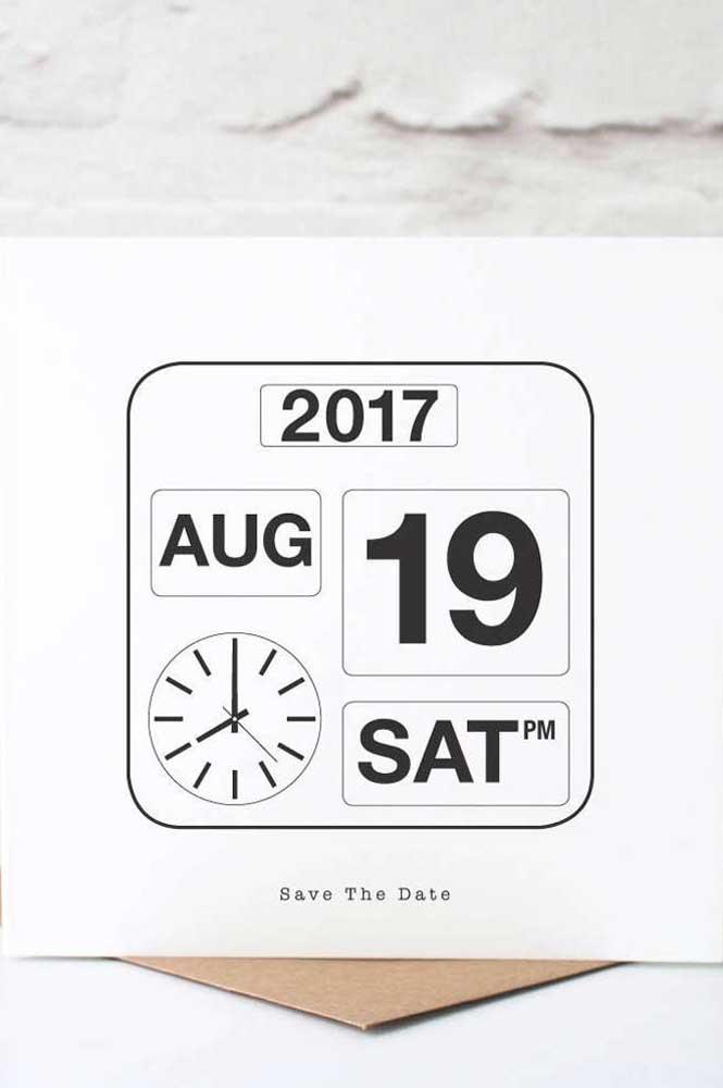 Um relógio completinho para ninguém esquecer a data tão importante