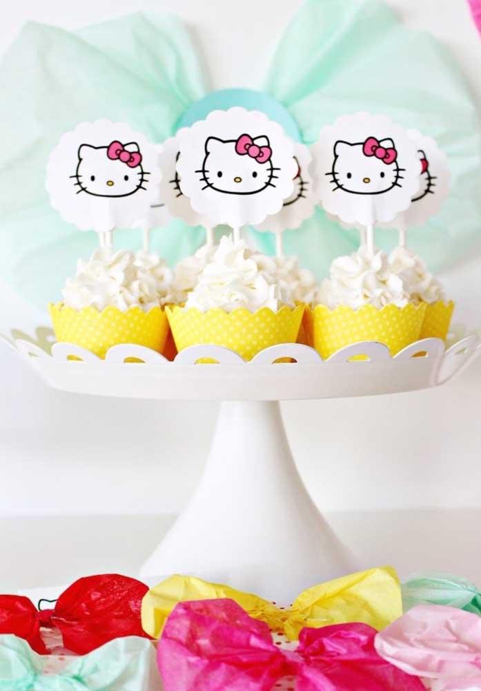 Veja como você pode personalizar os docinhos da festa Hello Kitty.