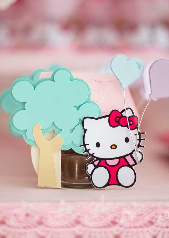 O que acha de colocar a mão na massa na hora de fazer alguns itens decorativos da festa Hello Kitty?