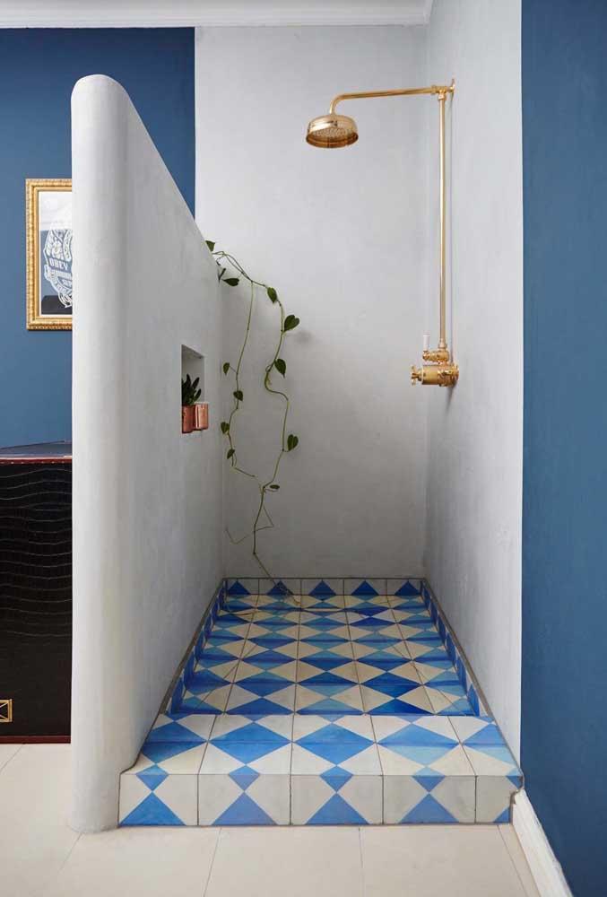 Que tal colorir o piso do chão do banheiro usando tinta epóxi?