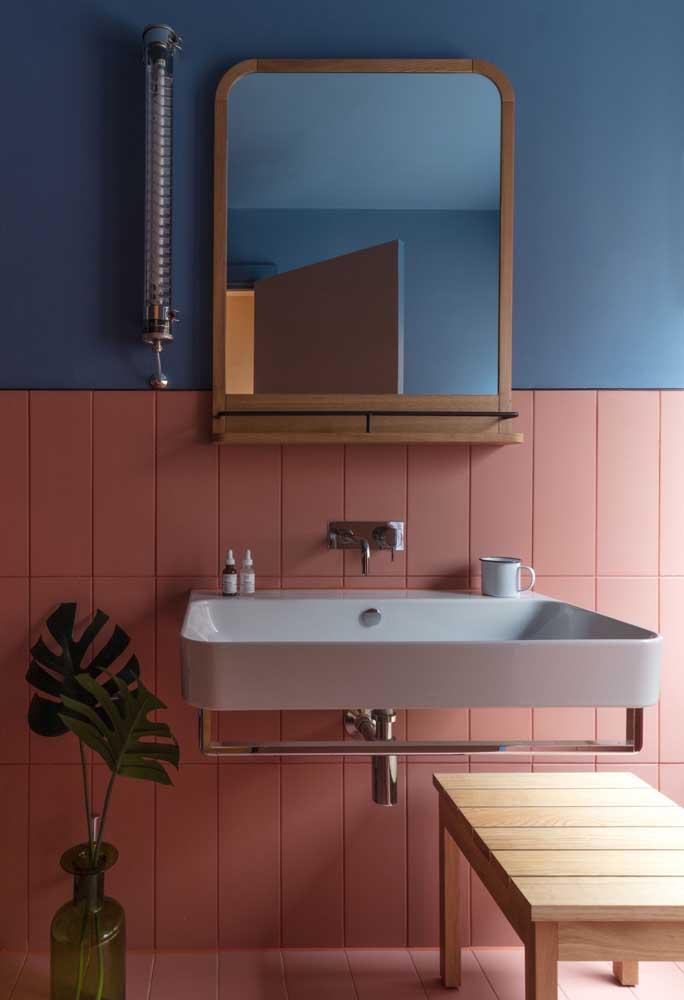 Faça uma combinação moderna de tons para deixar o banheiro com azulejos pintados mais bonito