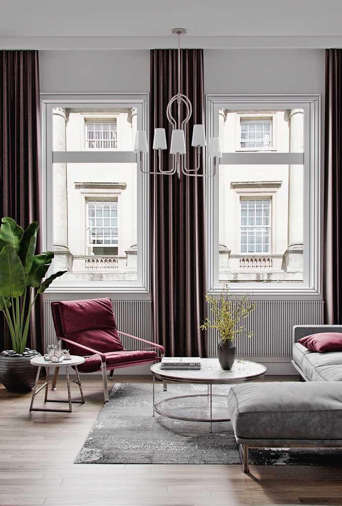 Poltrona vermelha para sala de estar: o toque de estilo que faltava no ambiente