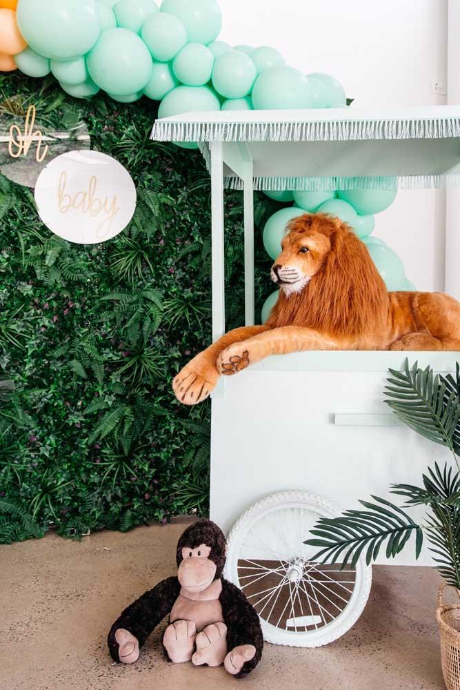 Pensando em fazer uma festa infantil com tema safari? Então não deixe o muro inglês de fora