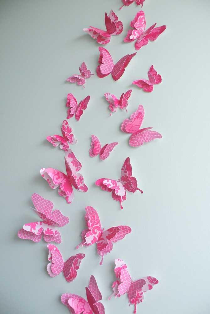 Borboletas de papel cor de rosa. Diversos tamanhos, mas um único molde