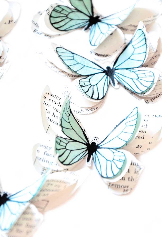 Linda essa ideia de aproveitar folhas de livros para fazer borboletas de papel