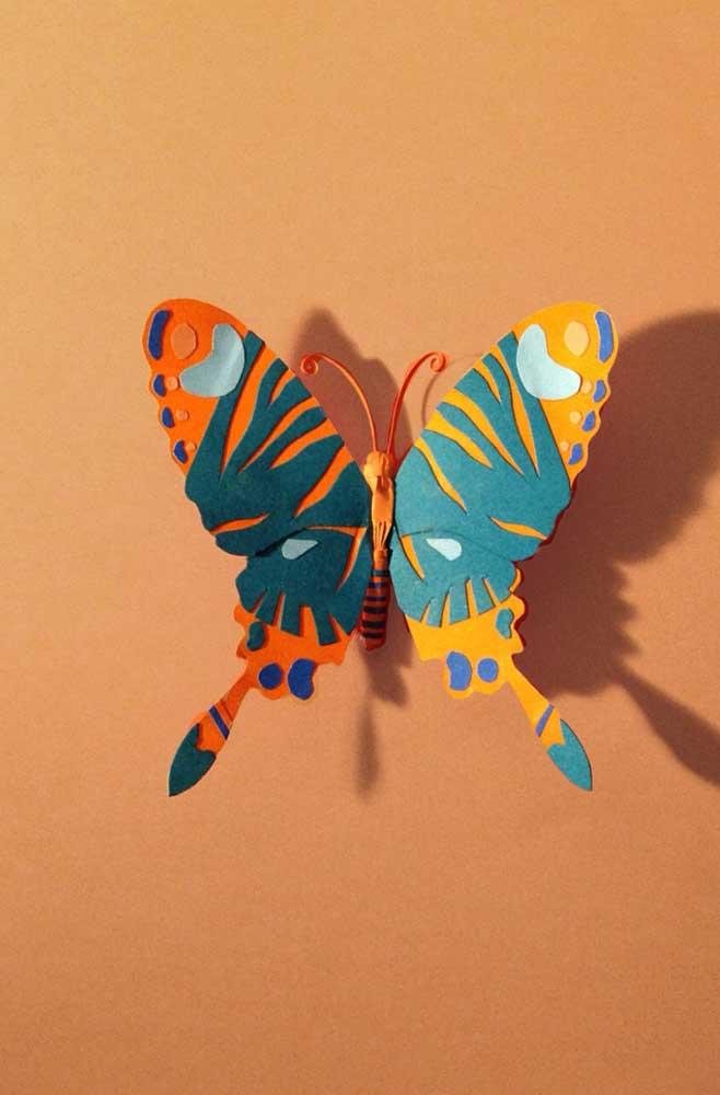 Olha que linda essa borboleta de papel imitando as texturas e desenhos de uma borboleta de verdade