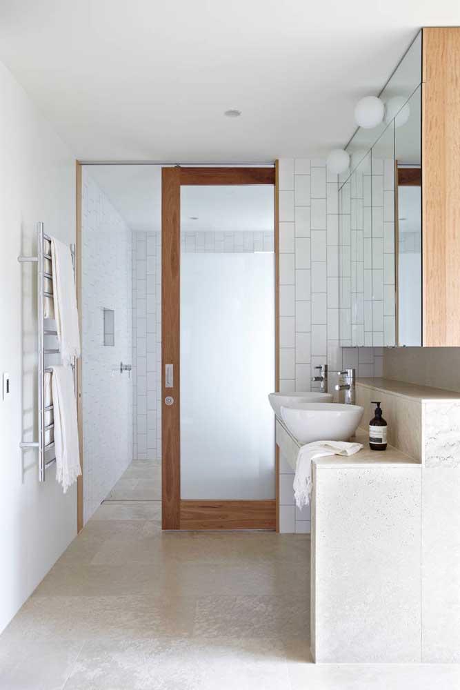 O vidro jateado se encaixa em qualquer proposta de decoração, seja ela moderna, clássica ou rústica