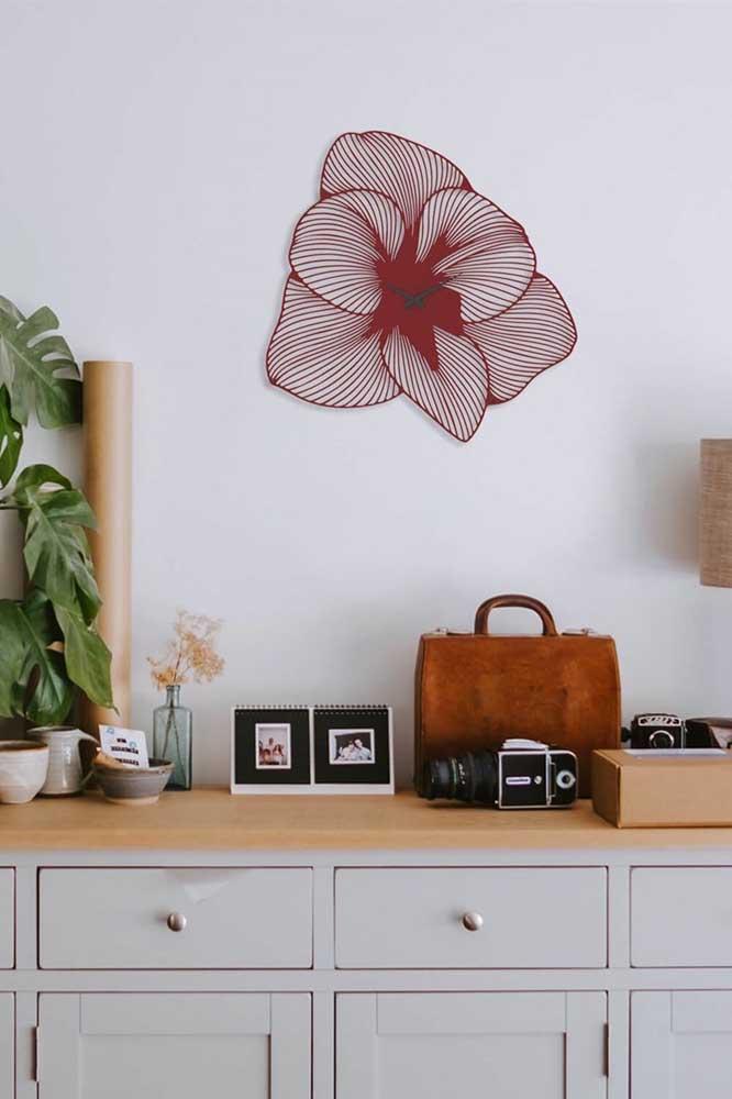 E se plantar a azaléa for algo difícil para você, leve, ao menos, a presença da flor em uma decoração de parede