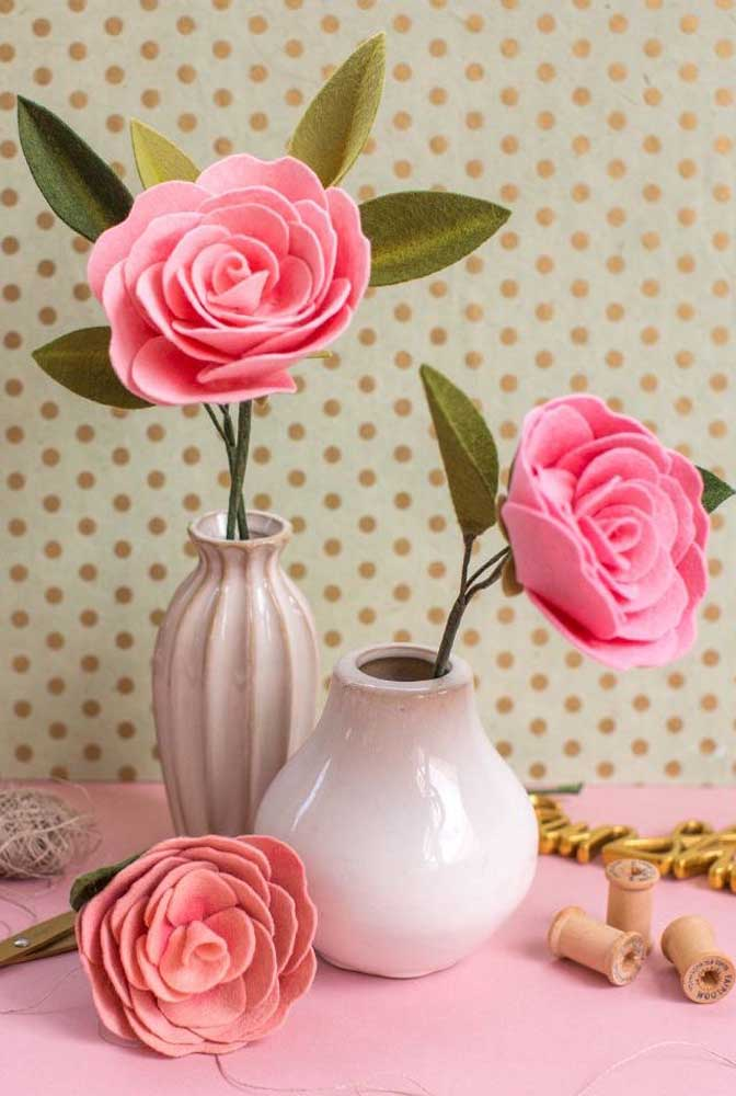 Camélias de feltro: uma opção para quem não pode cultivar a planta em casa