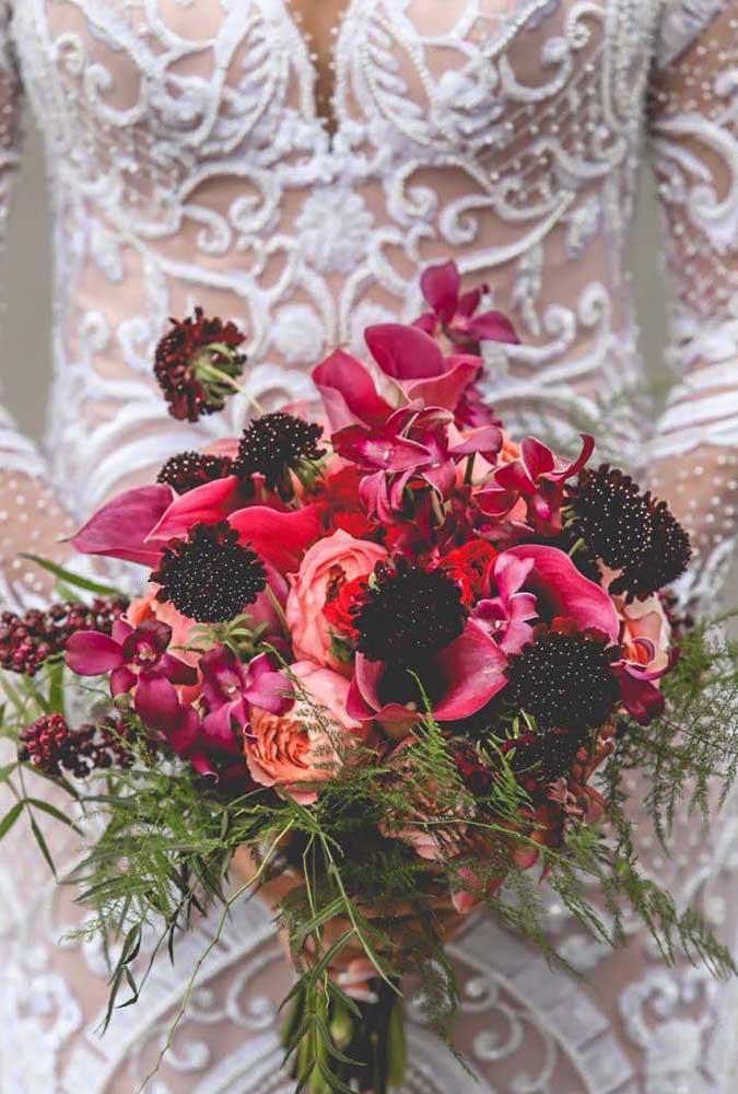 E o que acha de se casar com um buquê de orquídeas? Chiquérrimo!