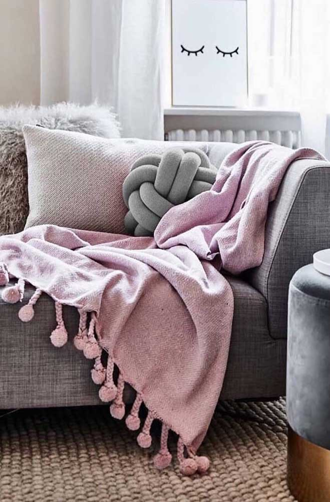 A almofada de nó valoriza a decoração e, de quebra, ainda traz conforto