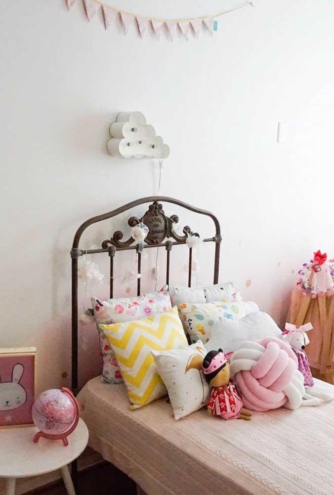 Almofada de nó e quarto de criança: uma combinação perfeita!