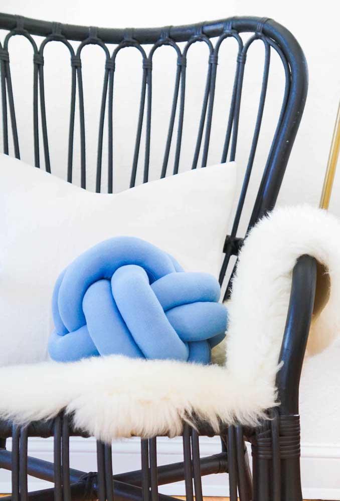 Almofada de nó para trazer aquele conforto na varanda da casa