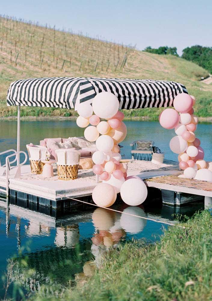 Festa surpresa na beira do lago para um dia memorável!
