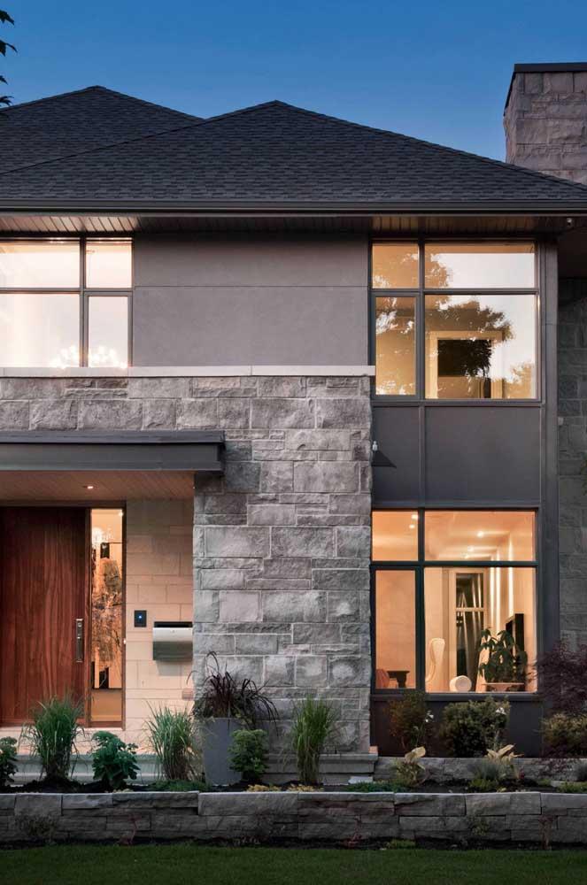 Combine a cor da telha shingle com a cor da fachada