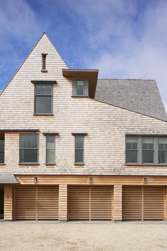 Telha single com fachada de tijolinhos