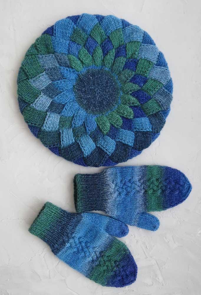 Conjunto de touca com luvas de crochê. Não tem inverno que resista!