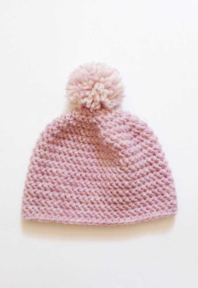 Touca de crochê feminina simples e fácil de fazer, ideal para os iniciantes na técnica
